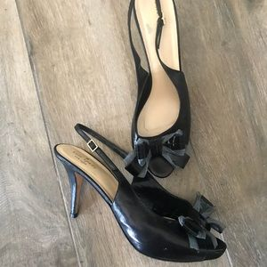 Kate Spade Black leather bow sling back heels 10